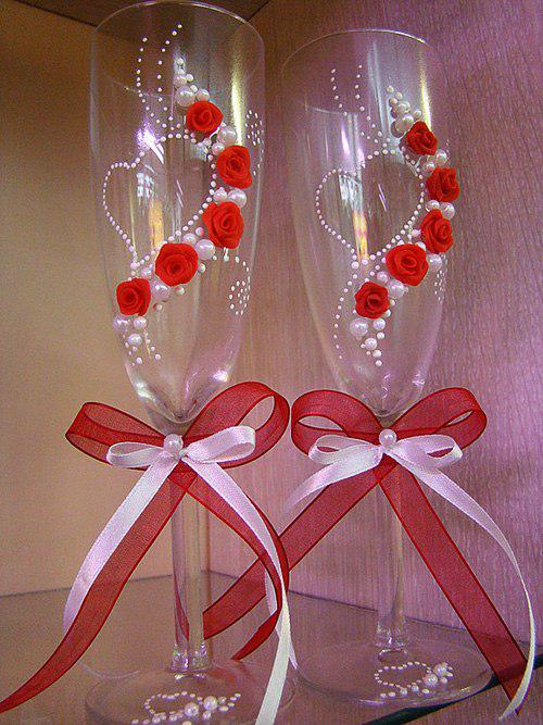 Как своими руками украсить бокалы на свадьбу своими руками